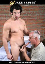 Leo Giamani Serviced Xvideo gay