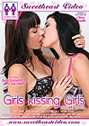 Girls Kissing Girls 7