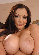 Aria Giovanni At DDF Studios