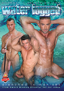 Gay Muscle Men : Water Logged!