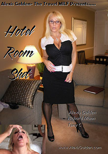 Blonde Babes : Hotel Room bitch!