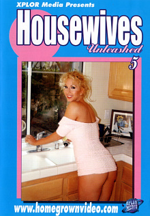 Housewives Unleashed 5 cover