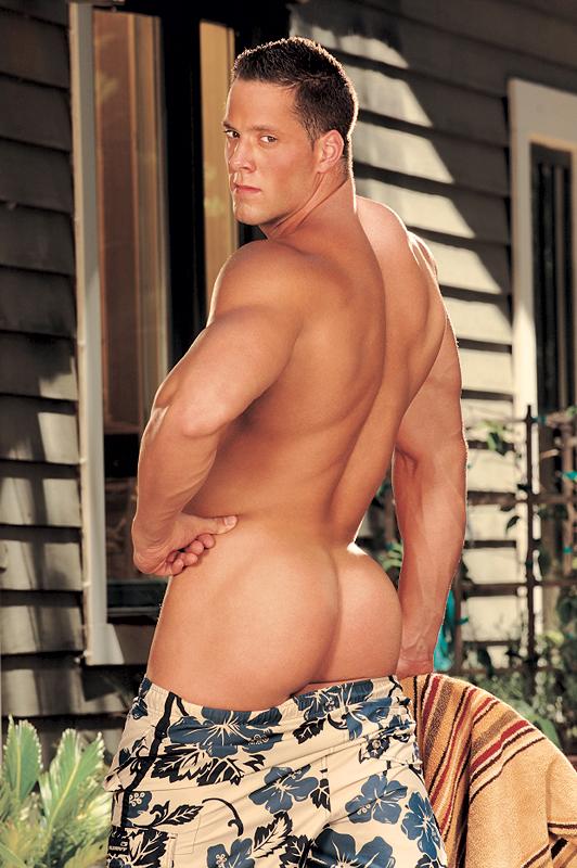 Erik Rhodes Boyfriend