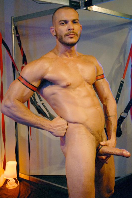 gay saintes gay creil