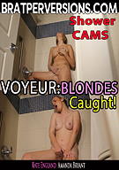 Voyeur: Blondes Caught