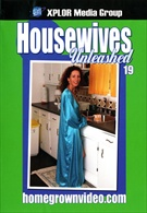 Housewives Unleashed 19