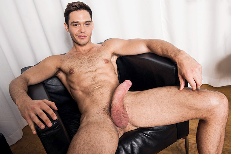 liev-porn-actor-petite-fort-vancouver-bc