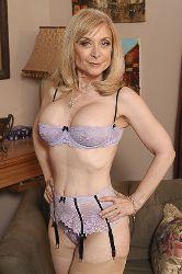 Nina Hartley image 1