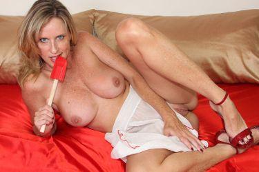 Jodi West image 4