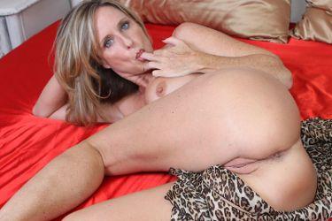 Jodi West image 5