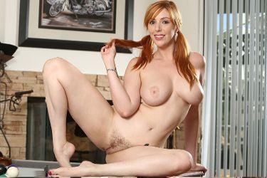 Lauren Phillips image 5