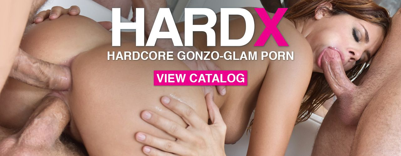 Hard X brings you hardcore gonzo-glam porn!