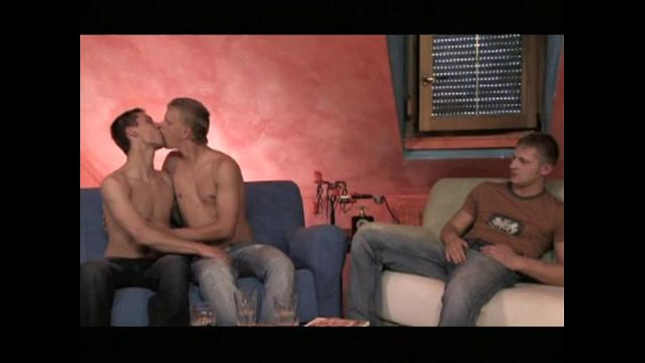 Three or Four Get Intimate in a Loft, starring John Paul, Milan Johanson and Jay Vasata, produced by Titan Media. Video Categories: Muscles, Uncut, Blowjob, Threeway and Euro.