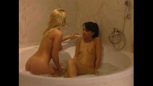 Silvia Saint Seduces Susie Diamond in a Bath.