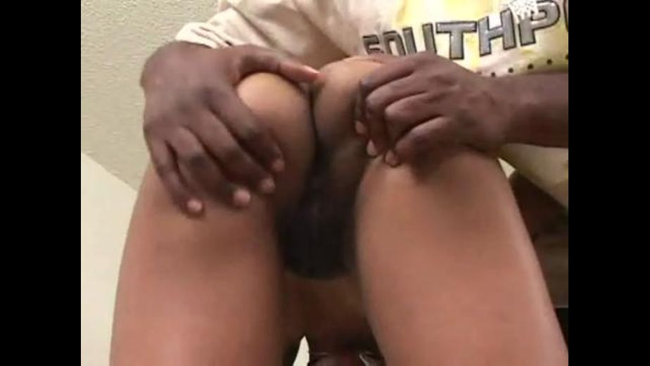 Black Girl With a Perfect Little Butt, produced by Heatwave Platinum and Heatwave Entertainment. Video Categories: Small Tits, Blowjob and Black.
