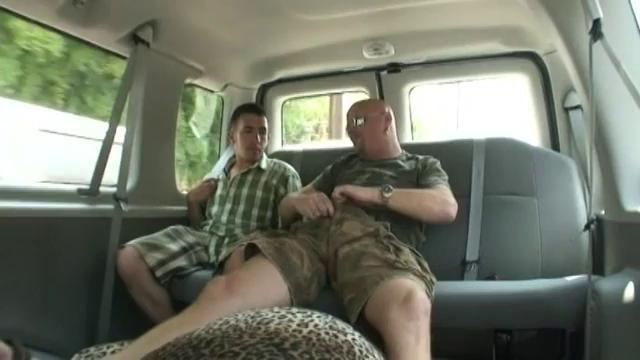 Amateur video natural bodybuilder