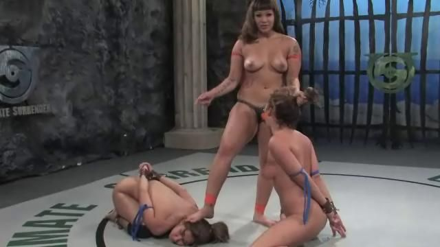 Wild Naked Party Girls