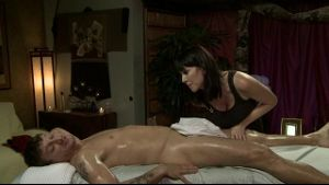 Cougar's Massage Offer Opens His Eyes.