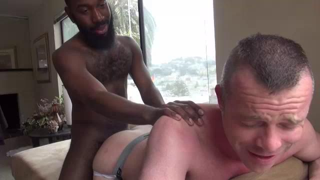 Guy who love anal video