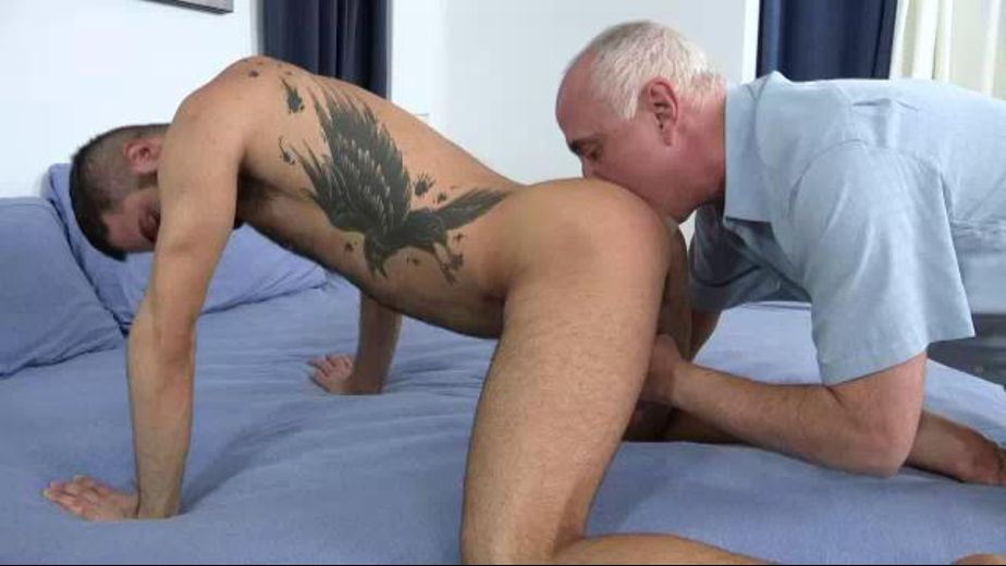Old Man Loves Tonguing Booty, produced by Jake Cruise Media. Video Categories: Mature, Blowjob, Amateur and Muscles.