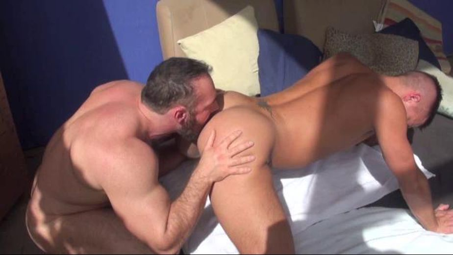 Mystery Hole Solved, starring Dylan Saunders and Brad Kalvo, produced by Breed Me Media. Video Categories: Bear, Muscles and Bareback.