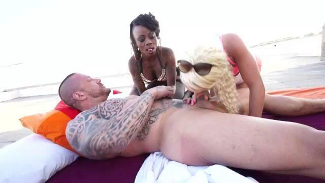 Perfect ebony fuck