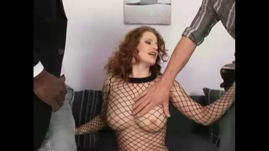 Chick wants two fuck sticks, starring Rosses, produced by Assence Films. Video Categories: Threeway, Fetish, Blowjob and Interracial.