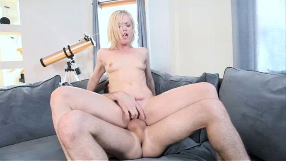 Pump Hot Pocket Blonde, starring James Deen and Ash Hollywood, produced by Evil Angel and James Deen Productions. Video Categories: Small Tits, Natural Breasts, Blowjob, Gonzo and Big Dick.