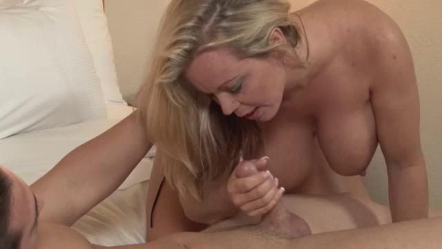 Busty milf gives an amazing sloppy blowjob