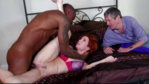 Veronica Avluv is cuckolding again.