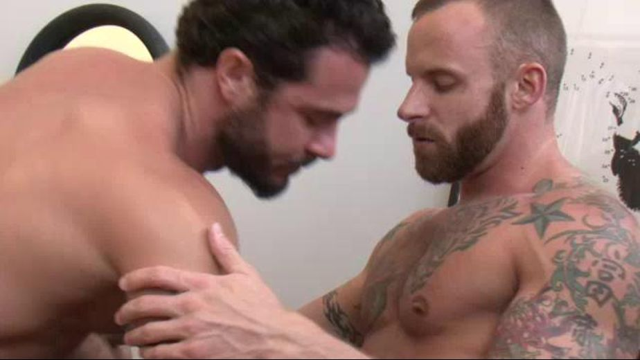 Come Get That Ass Lifted, starring Derek Parker and Vito Gallo, produced by Lucas Entertainment. Video Categories: Muscles, Safe Sex and Anal.