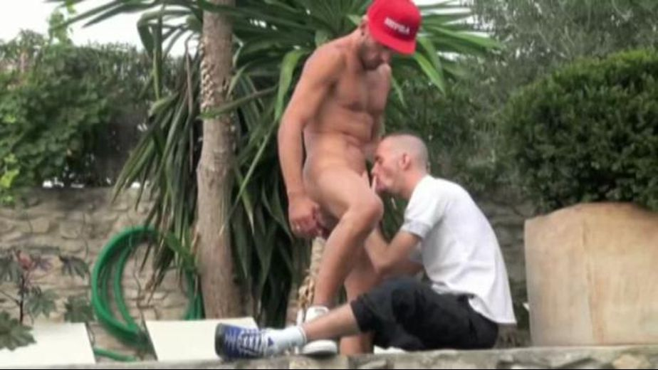 Big French Pole by the Pool, starring Jonathan Darko and Enzo Di Karina, produced by Crunchboy.fr. Video Categories: Euro, Muscles, Uncut, Big Dick, Safe Sex, Jocks and Blowjob.