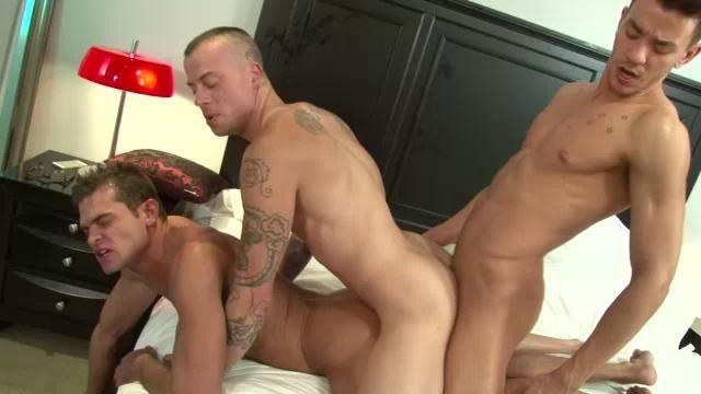 Gay three way fuck