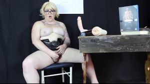 The Amazing BBW Tranny, Michelle!.