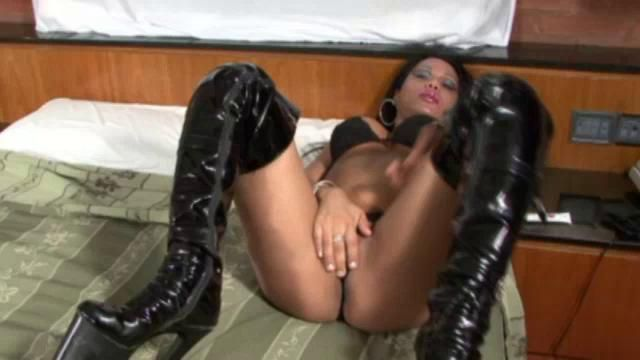 Tranny high heel video