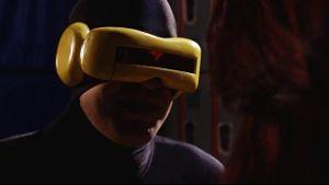 Cyclops Licks Rogue's Pussy.