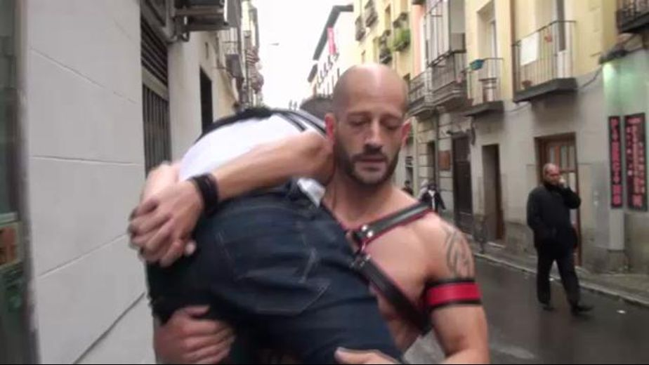 Just Carrying A Cutie To My Sex Dungeon, produced by Jalif Studio. Video Categories: Fetish, College Guys and BDSM.