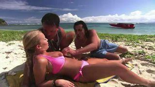 Видео секса на диком пляже ответ