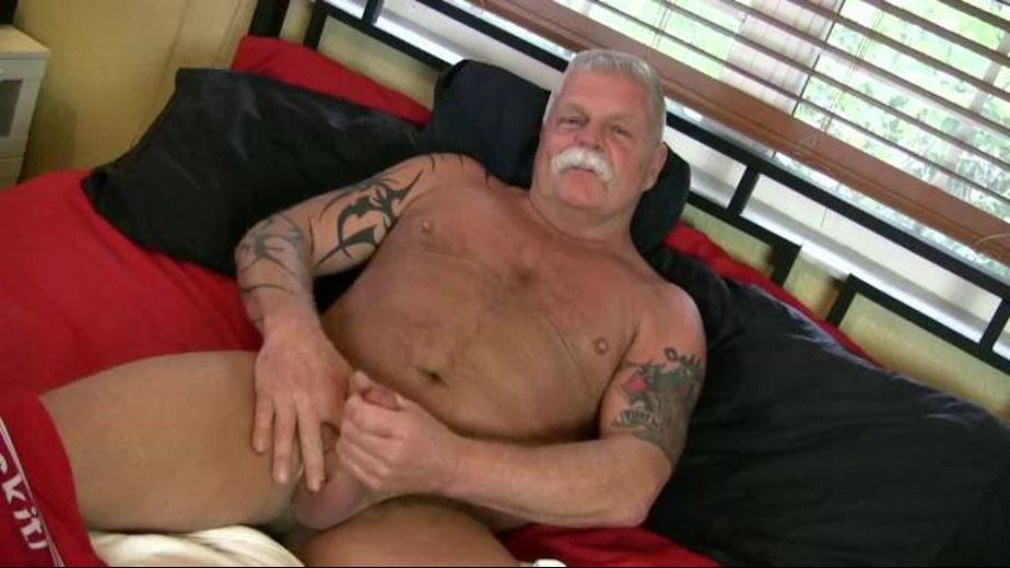 Daddy Ric Shows Off His Sexy Body, starring Daddy Ric, produced by Pantheon Productions. Video Categories: Masturbation and Mature.