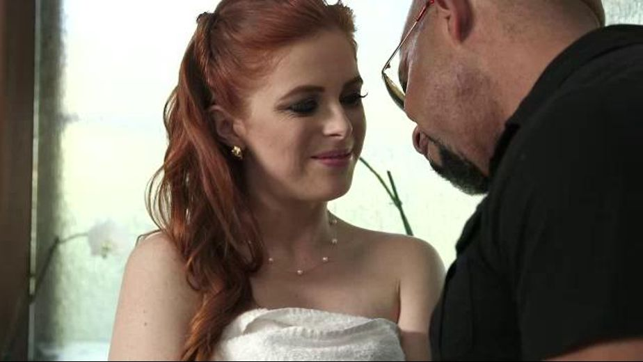 Penny Pax Tastes the Bull, starring Shane Diesel and Penny Pax, produced by Digital Sin. Video Categories: Interracial, Big Dick, Redheads and Blowjob.