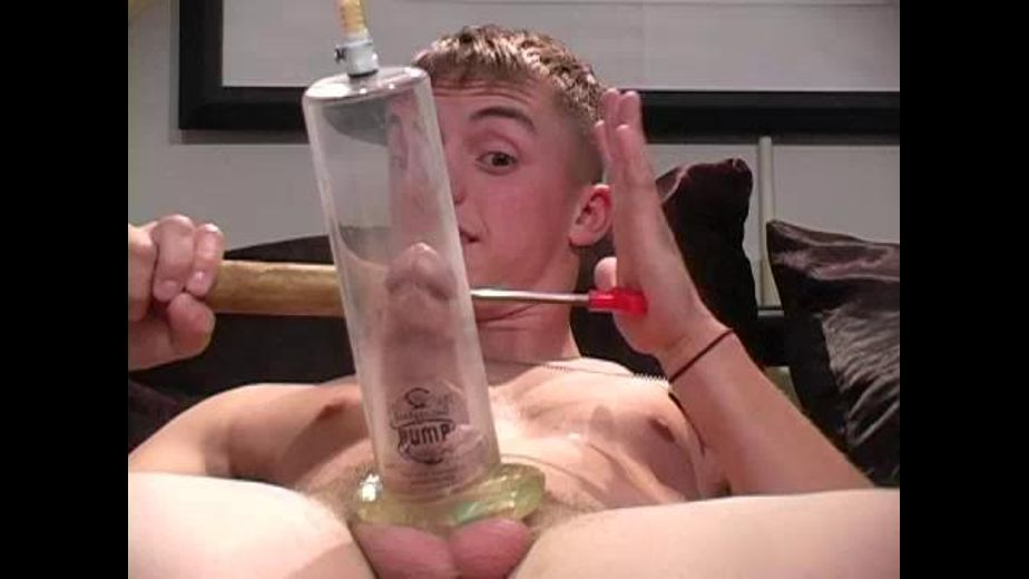 Straight Guy Does a Webcam Show, starring Joey, produced by Straight Off Base. Video Categories: Amateur, Military, Masturbation and Str8 Bait.