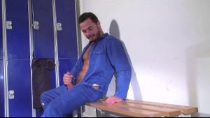 Jessy Ares Really Needs A Fifi.