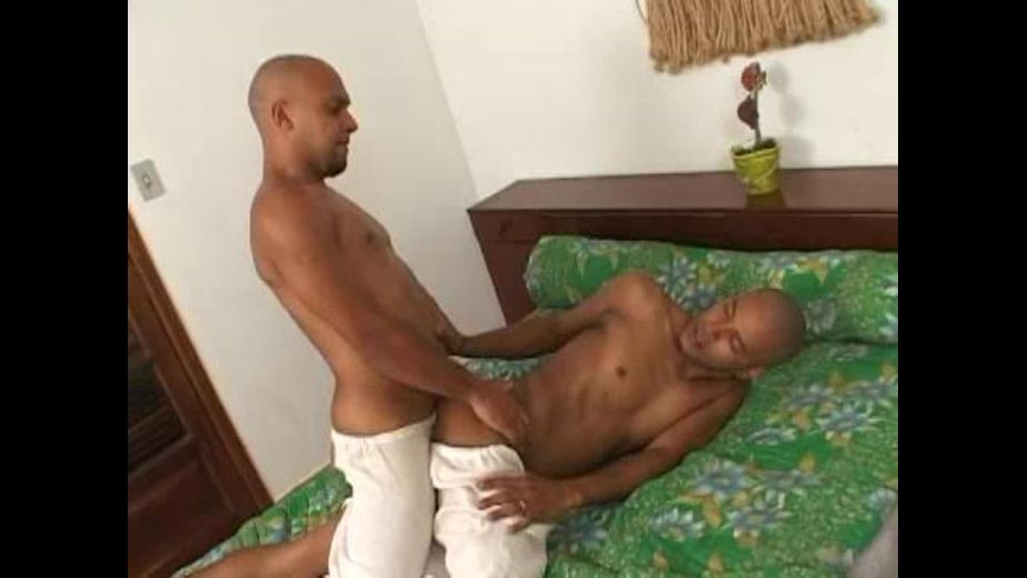 Hot Brazilian Man Finds an Alternative, produced by Crunchboy.fr. Video Categories: Blowjob, Muscles and Latin.
