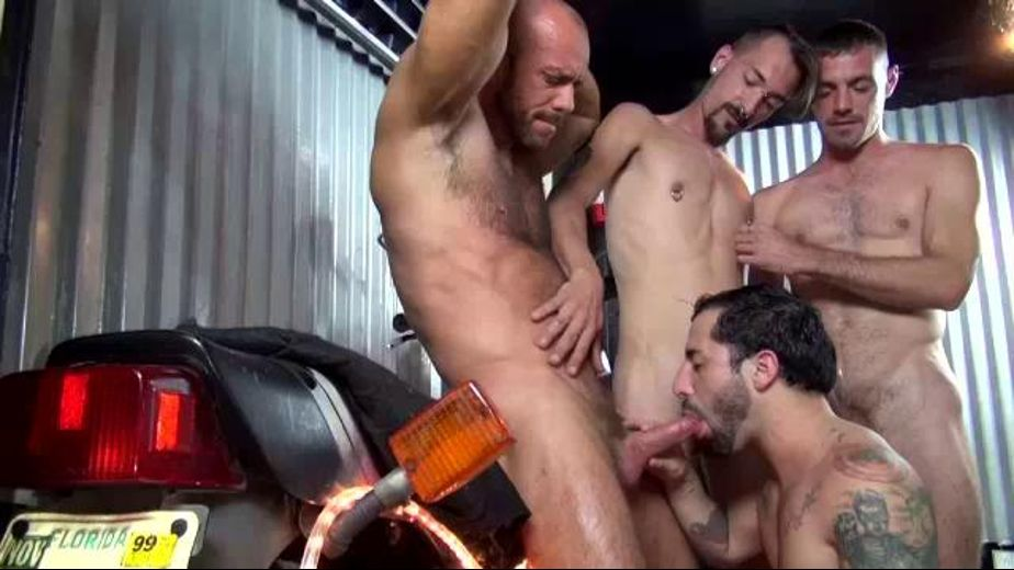 Triple Tag Teaming Nick Cross, starring Nick Cross, Brett Bradley, Matt Stevens and Vincent Knight, produced by Raw Fuck Club and Dark Alley Media. Video Categories: Bear, GangBang, Pigs and Blowjob.