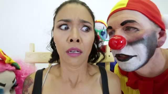 Clown in porno