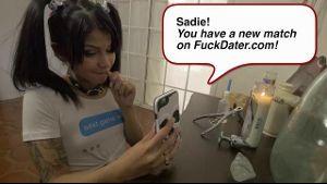 Meet Latina Newcomer Sadie Pop.