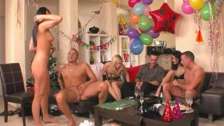 Game Hard And Party Naked - Scene 1