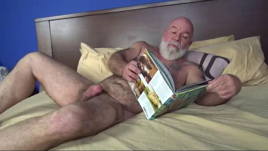 Noah Post Is a Dad With a Snow White Beard, starring Noah Post and Christian Matthews, produced by Pantheon Productions. Video Categories: Mature and Blowjob.