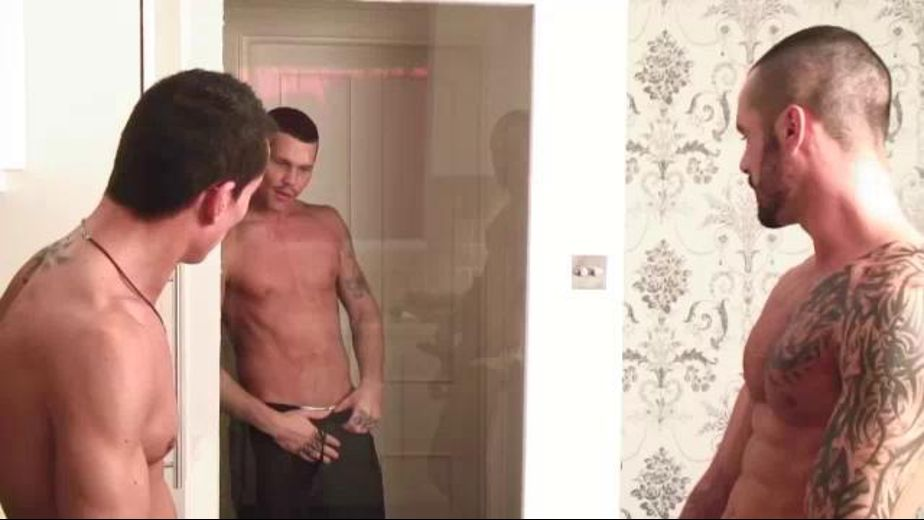 Silent Interloper Tate Ryder Makes Three, starring Jake Reed, Isaac Jones and Tate Ryder, produced by Jalif Studio. Video Categories: Muscles, Threeway and Blowjob.