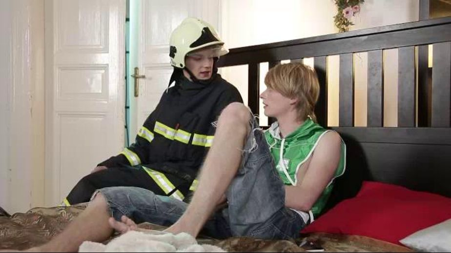 Martyn Fox Calls In a False Alarm to Fireman, starring Roco Rita and Martyn Fox, produced by Staxus. Video Categories: Bareback, Euro and College Guys.